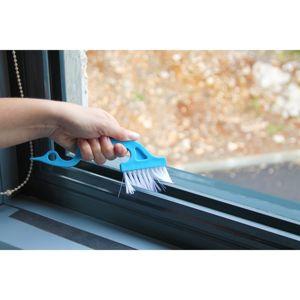 Blancheporte Kefka na čistenie otvorov a drážok modrá